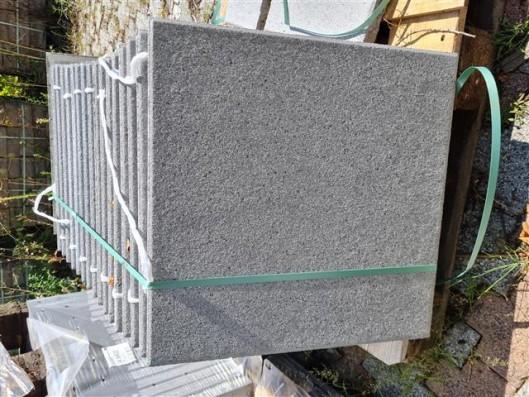 Terrassenplatten QUARZ GESTRAHLT 50/50/4
