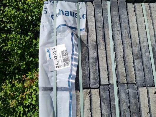 Terrassenplatten 1B ANTHRAZIT 40/40/4 CM M. FASE