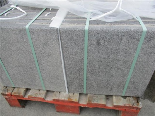 Terrassenplatten X-TRA RUS NANO GRAU-SCHWARZ 40/40/4 gest