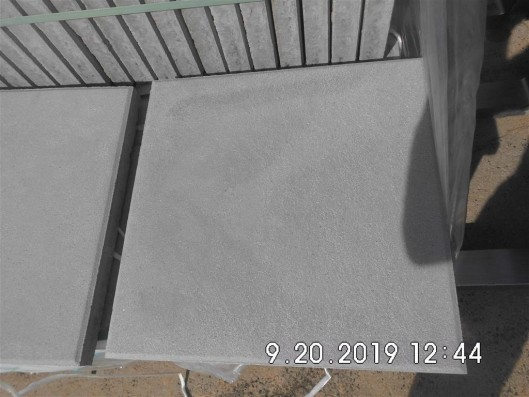 Terrassenplatten X-TRA NEVADA QUARZ-GRAU 40/40/4 CM