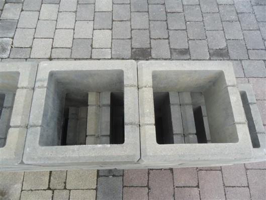 Objekte/- Gestaltungselemente X-TRA GARTENM MK PFEILERST 37,5/37,5/20