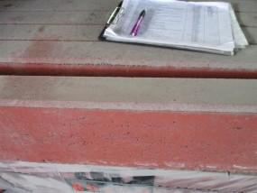 Objekte/- Gestaltungselemente Tiefbord 8/25/100 cm rot gefast