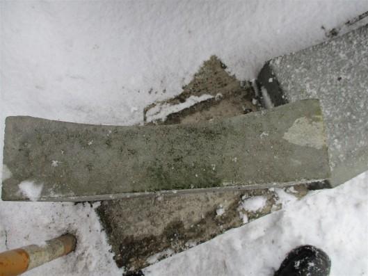 Muldenstein 33/50/13 cm grau