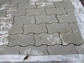 Pflastersteine Welle S mit Fase grau 8er Randsteine